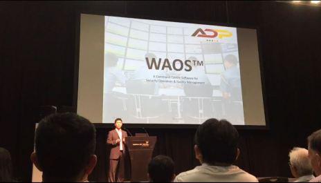 jeff-presenting-waos